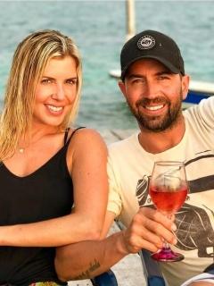 Lucas Arnau, cantante, y su exesposa Catalina Pérez, modelo paisa.