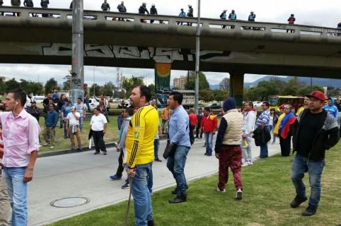 Enfrentamientos y bloqueos en la Avenida de Las Américas