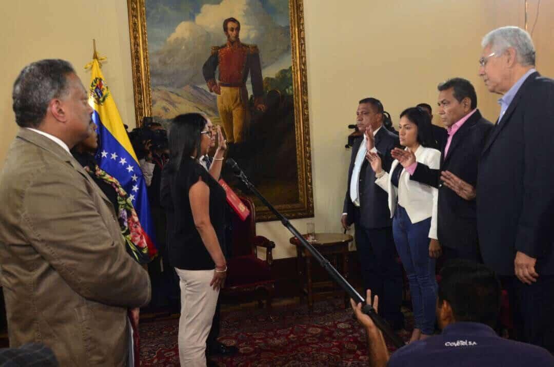 Juramento de gobernadores ante Constituyente