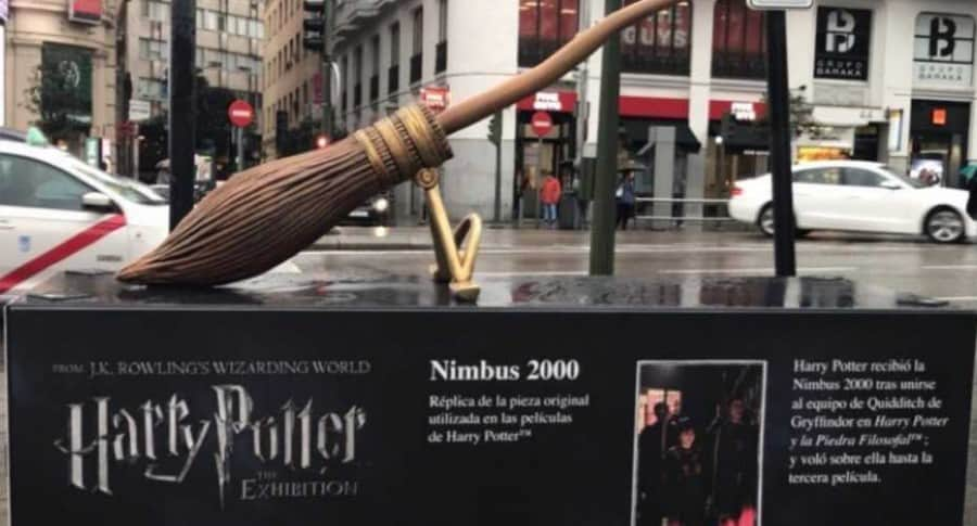 Escultura de Harry Potter.