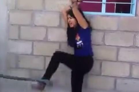 Mujer castigada