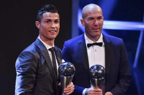 Cristiano Ronaldo y Zinedine Zidane en premios 'The Best' de la Fifa. Pulzo.
