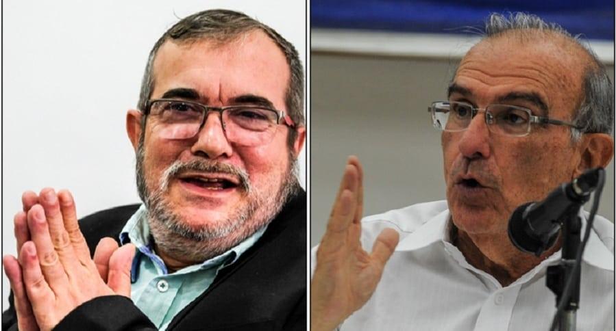 Rodrigo Londoño (Timochenko) y Humberto de la Calle.
