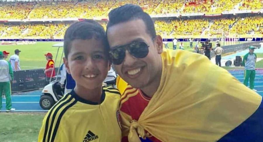 El cantante Martín Elías (Q.E.P.D.) y su hijo.