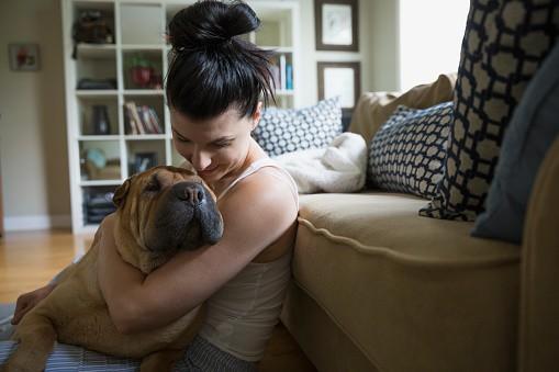 Mujer con su perro