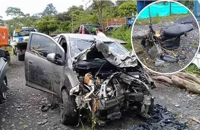 El carro particular y la moto, involucrados en el accidente