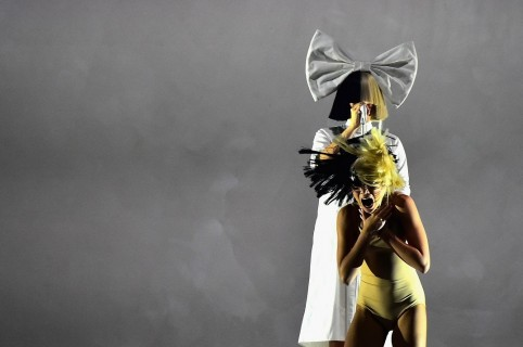 Cantante Sia Publica Foto Desnuda Que Desconocido Intentó Venderle A