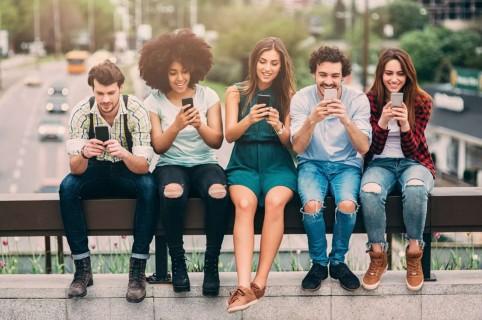 Los Amigos Que Todo El Mundo Tiene En Los Grupos De Whatsapp
