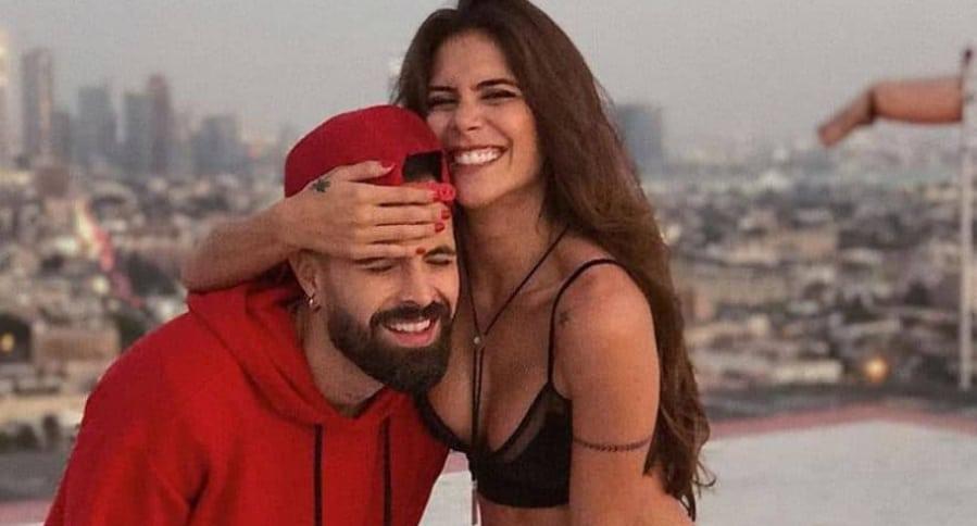 La actriz Greeicy Rendón y su novio, el cantante Mike Bahía.
