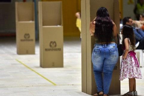 Actividad democrática en Colombia