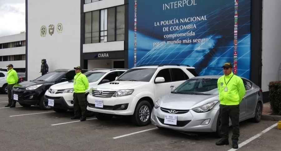 Recuperan carros robados
