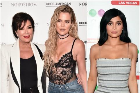 Kris Jenner y Khloé Kardashian / Kylie Jenner