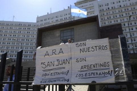Mensajes de familiares de tripulantes argentinos