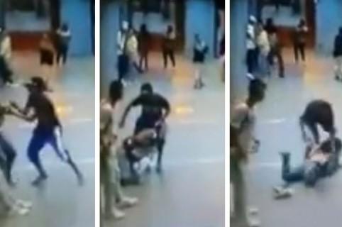 Momento en el que el delincuente ataca a la mujer dentro de la estación