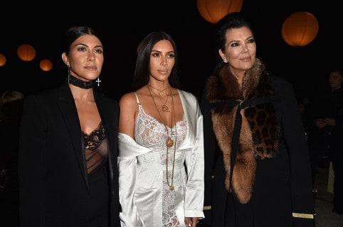 Kourtney Kardashian, Kim Kardashian y Kris Jenner
