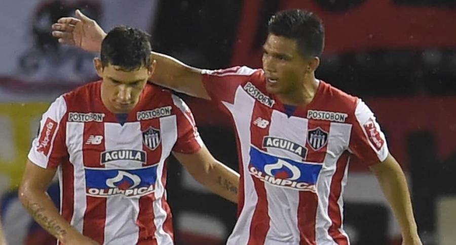 Roberto Ovelar y Teófilo Gutiérrez