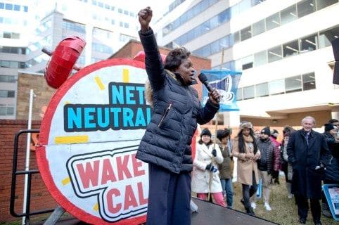 Protestas contra el fin de la neutralidad en internet