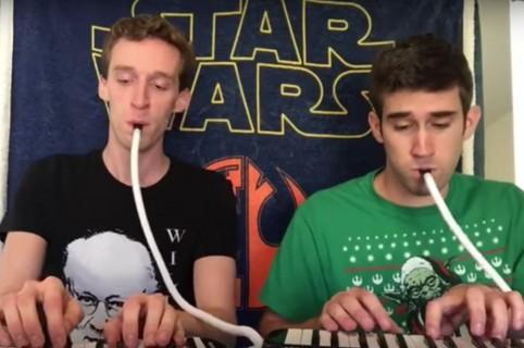 Con melódicas, músicos hacen 'cover' a canciones de 'Star Wars'. Pulzo.