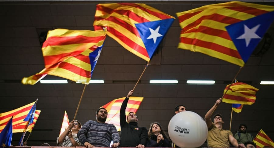 Manifestación antes de las elecciones en Cataluña