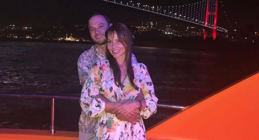 Paula Andrea Betancur, exreina, y su pareja, el dermatólogo Luis Miguel Zabaleta.