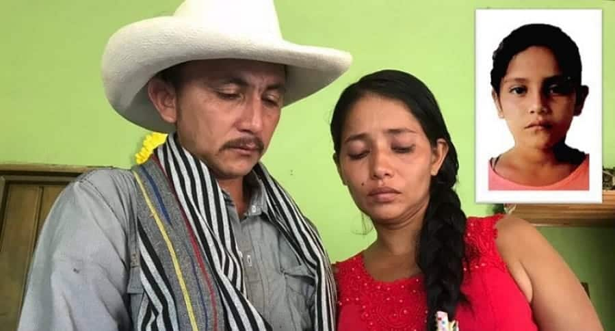 Samuel Romero junto a la madre de la niña (en el recuadro)