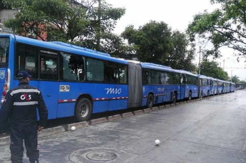 Accidente de buses del MÍO