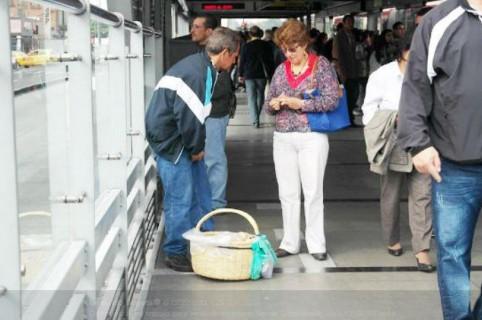 Vendedores ambulantes Transmilenio