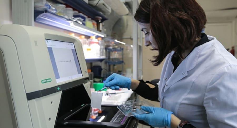 Laboratorio y científica