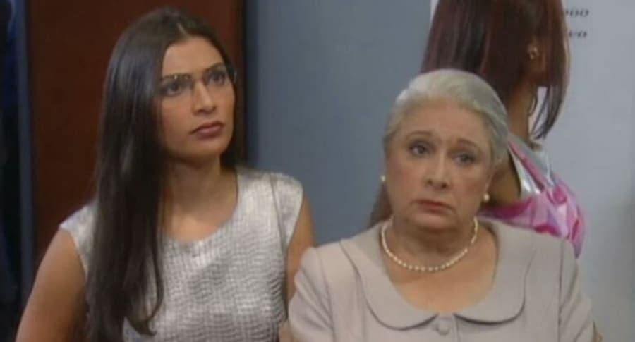 Ana María Orozco y Dora Cadavid en 'Yo soy Betty, la fea'