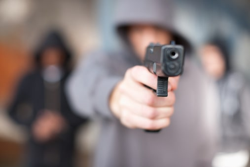 Hombre con pistola