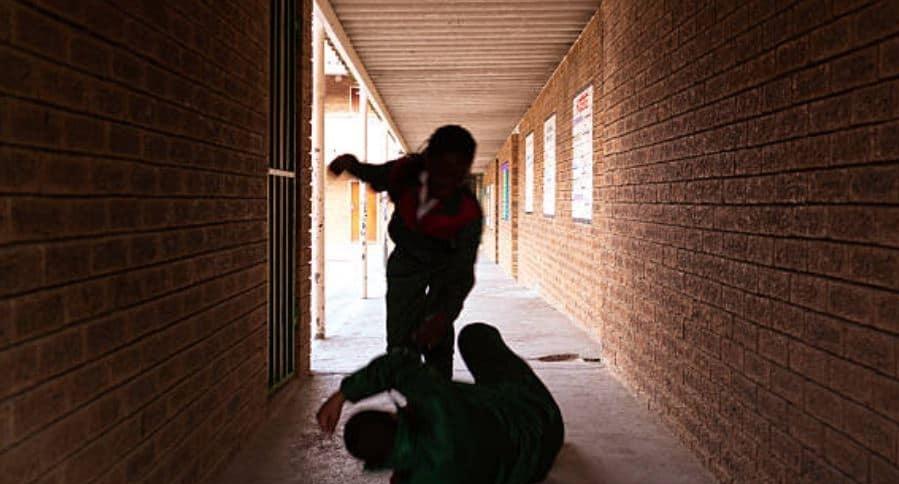 Agresión niñas de colegio