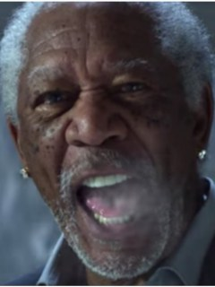 Peter Dinklage y Morgan Freeman en comercial de Doritos y Mountain Dew. Pulzo.