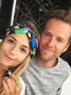 Sebastián Yepes, cantante, y Daniela 'Tuti' Vargas, 'youtuber'.