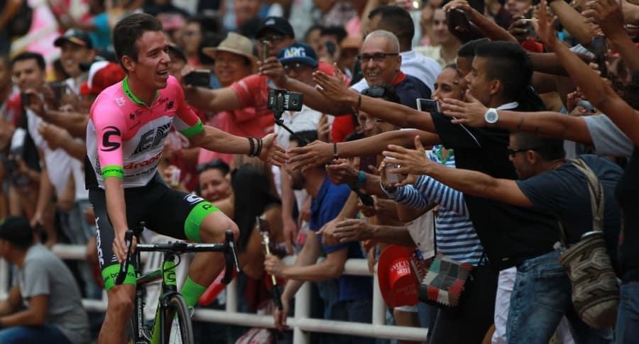 Presentación carrera de ciclismo 2.1 Colombia Oro y Paz