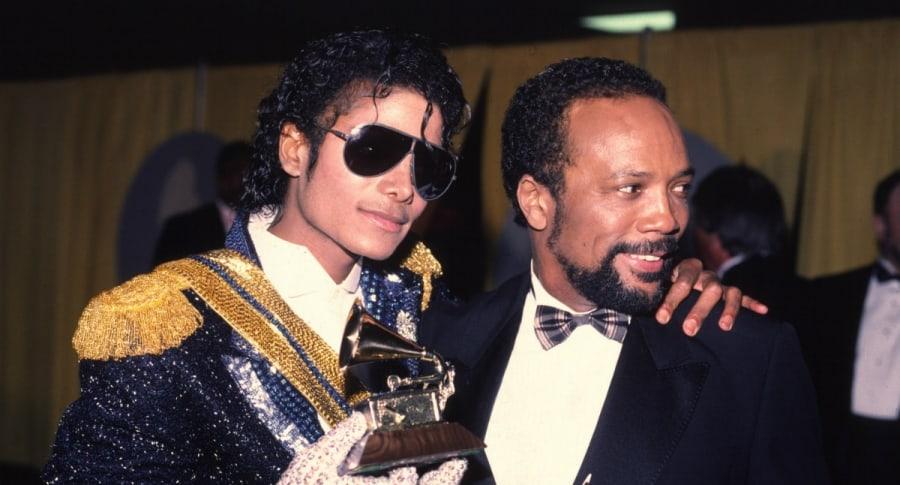Michael Jackson y Quincy Jones en los Premios Grammy de 1994.