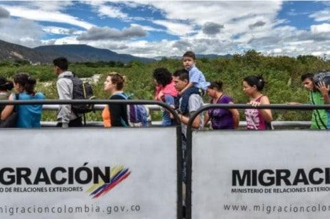 Tránsito de venezolanos en la frontera