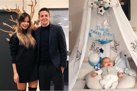 Karin Jiménez, modelo, su esposo Santiago Arias, futbolista, y su hijo Thiago.
