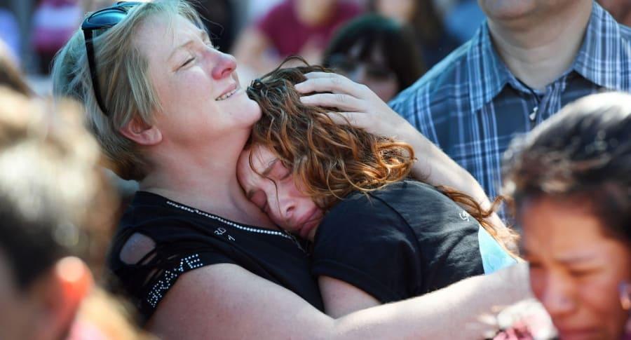 Homenaje a víctimas de masacre en Florida