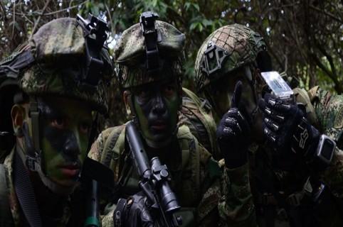 Militares en entrenamiento