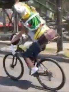 Ciclista estrellado