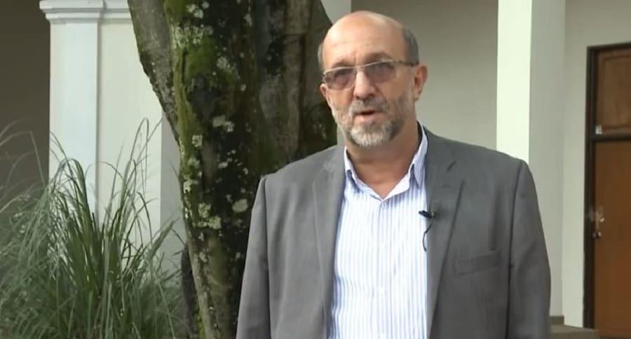 Adolfo León Atehortúa
