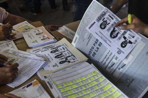 Elecciones con fotocopias