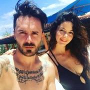 El motocrosista 'Tatán' Mejía, y su esposa, la actriz 'Maleja' Restrepo.