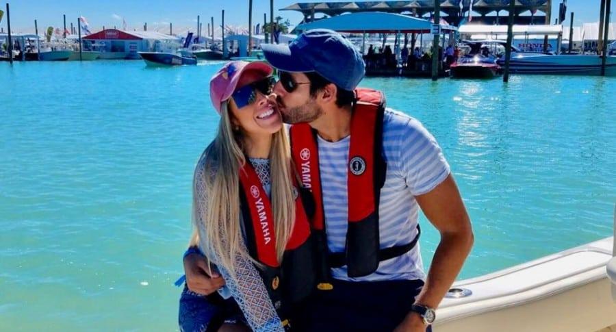 Stephanie Carrillo, presentadora y exparticipante del 'Desafío', con su esposo, Antonio Jose 'el Gordo' Vallejo.