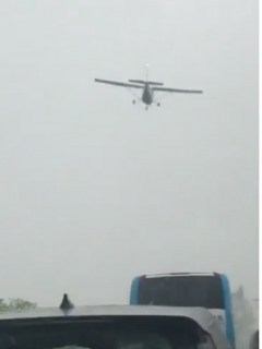 Avioneta que aterrizó de emergencia en vía Bogotá-Tunja