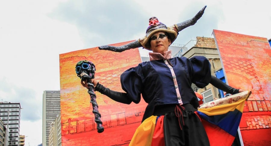 Desfile inaugural del Festival Iberoamericano de Teatro de Bogotá  2018