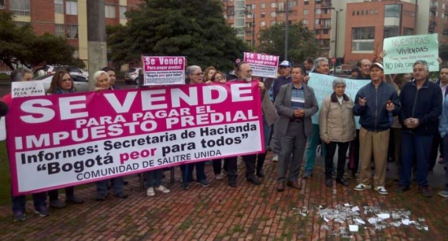 Protesta por incremento en impuesto predial en Ciudad Salitre