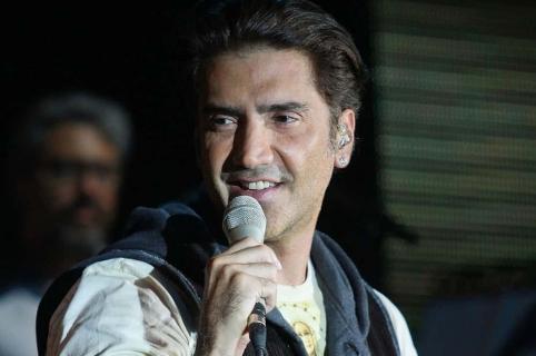 Alejandro Fernández, cantante.