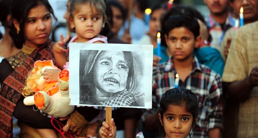 Protestas en india contra el abuso infantil