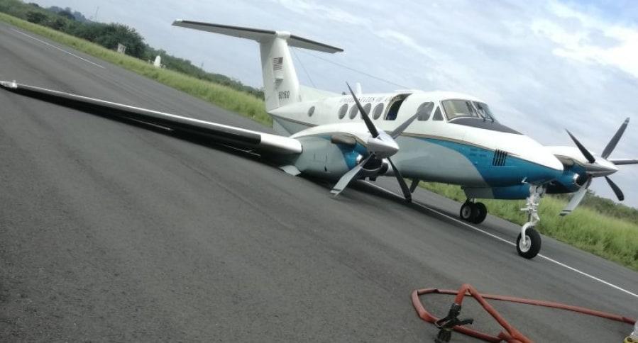 Avioneta King 200